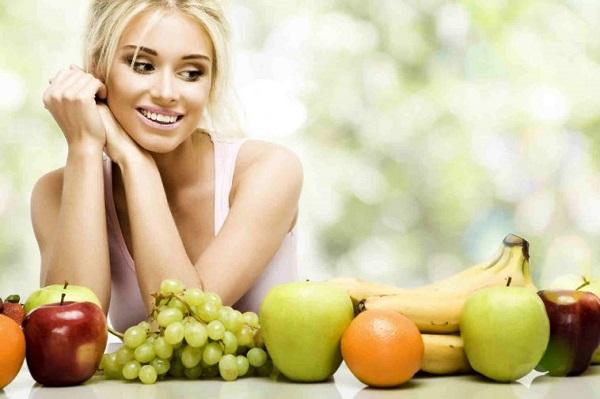 girl-with-fruit-758x505